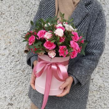 Коробка с цветами Шарм