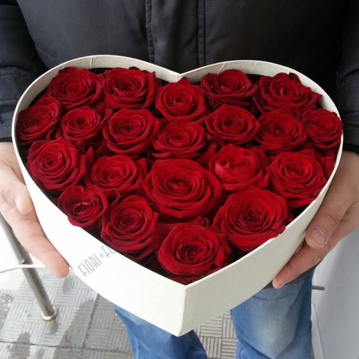 Коробка-сердце с розами