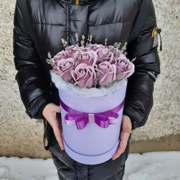 Коробка с розами из мыла Костер чувств