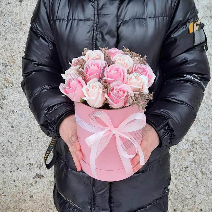 Коробка с розами из мыла Нежный взгляд