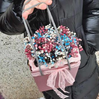 Коробка с цветами Шелковые нити